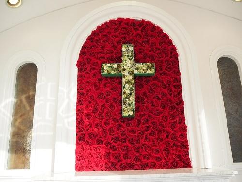 50バラの十字架