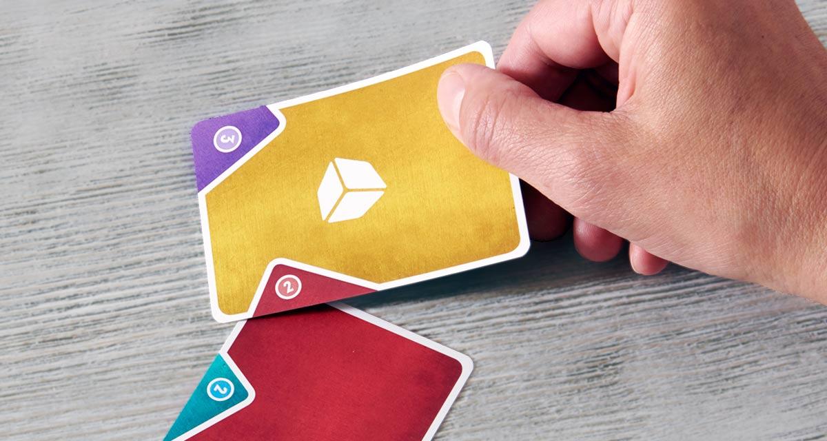 コネクス:カードの隅を重ねる