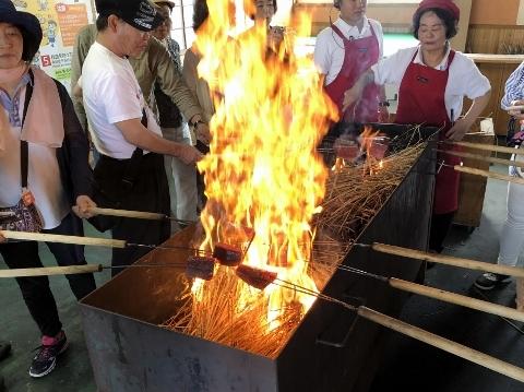 19カツオ藁焼き体験