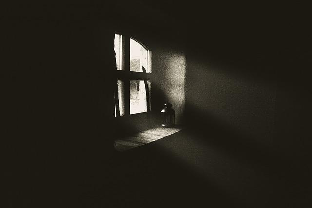フリー画像闇窓
