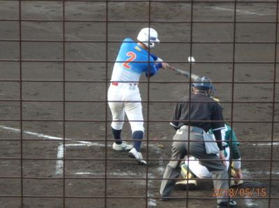 P5151014炭焼きよた2回表2死一、二塁から8番が左中間エンタイトル二塁打を放ち1点先制