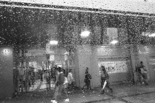 180513_sannomiya_01w.jpg
