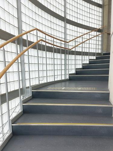 つづく階段2