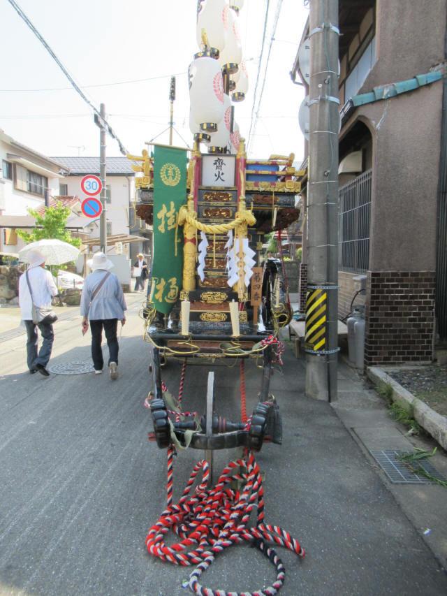 掛樋の祭車2