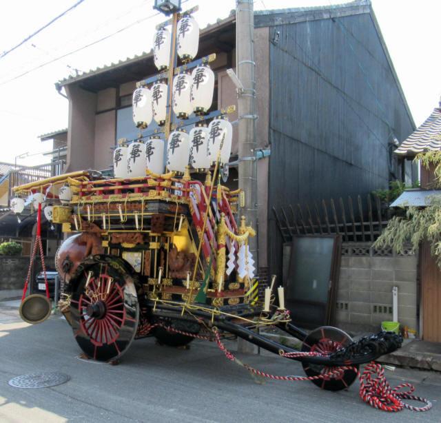 掛樋の祭車1