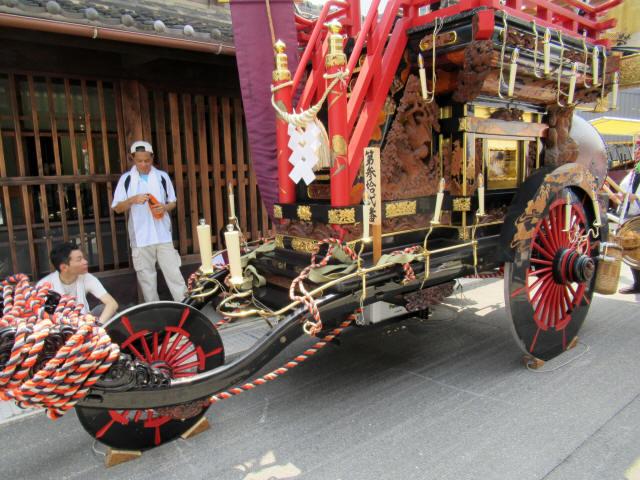 西榮町の祭車1