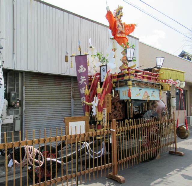 西矢田町の祭車1