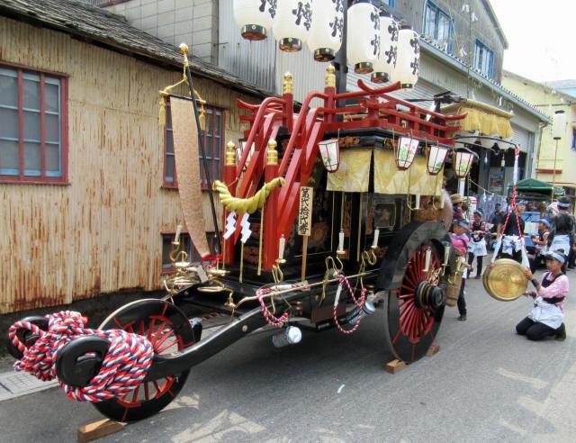 上野町の祭車1