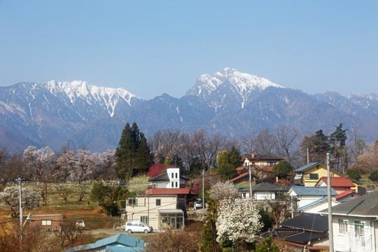 春の甲斐駒ヶ岳