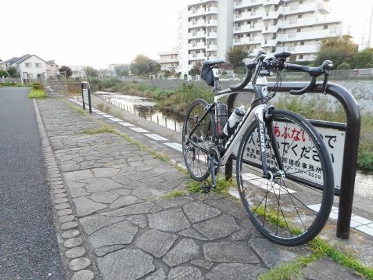 18_10_28-23ashinoko.jpg