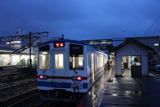 ⑲下舘駅夜
