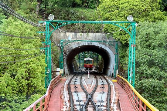 ④トンネル外