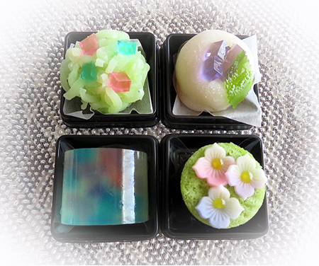 62季節の和菓子紫陽花