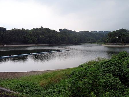 728鳴沢湖