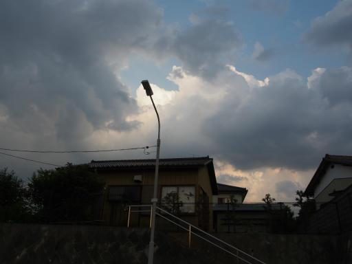 20180609・ミニ散歩の空22