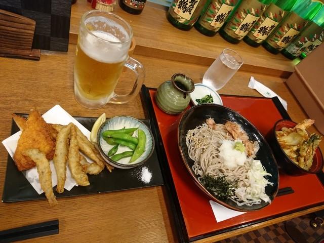 s6広島空港で夕食2