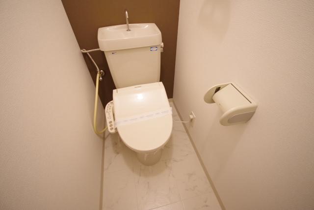 トイレ (1)