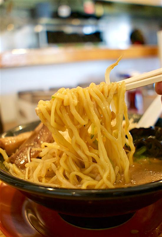 北海道味噌ラーメン 味噌のかんべ@真岡市田町 麺