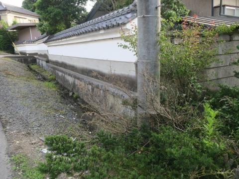 「子供や自転車がドブに落ちてしまう路肩」川又地区 (6)