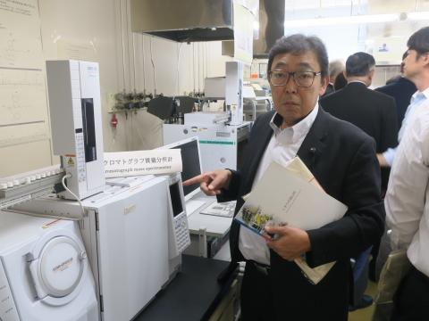 「富山県議会・薬事総合研究開発センター」視察⑩