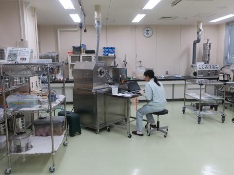 「富山県議会・薬事総合研究開発センター」視察⑪