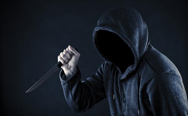 殺人 事件 ナイフ