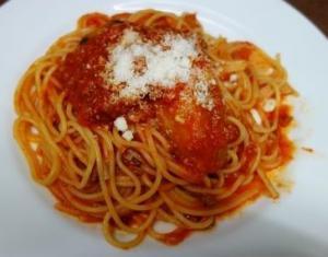 スパゲッティ・ナスと挽肉のトマトソース