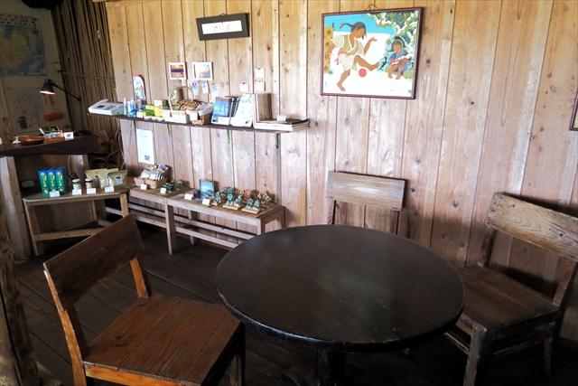 180527-浜辺の茶屋-009-S