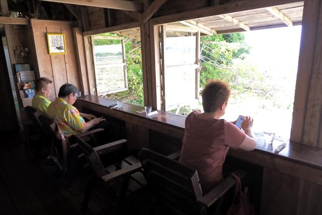 180527-浜辺の茶屋-012-S