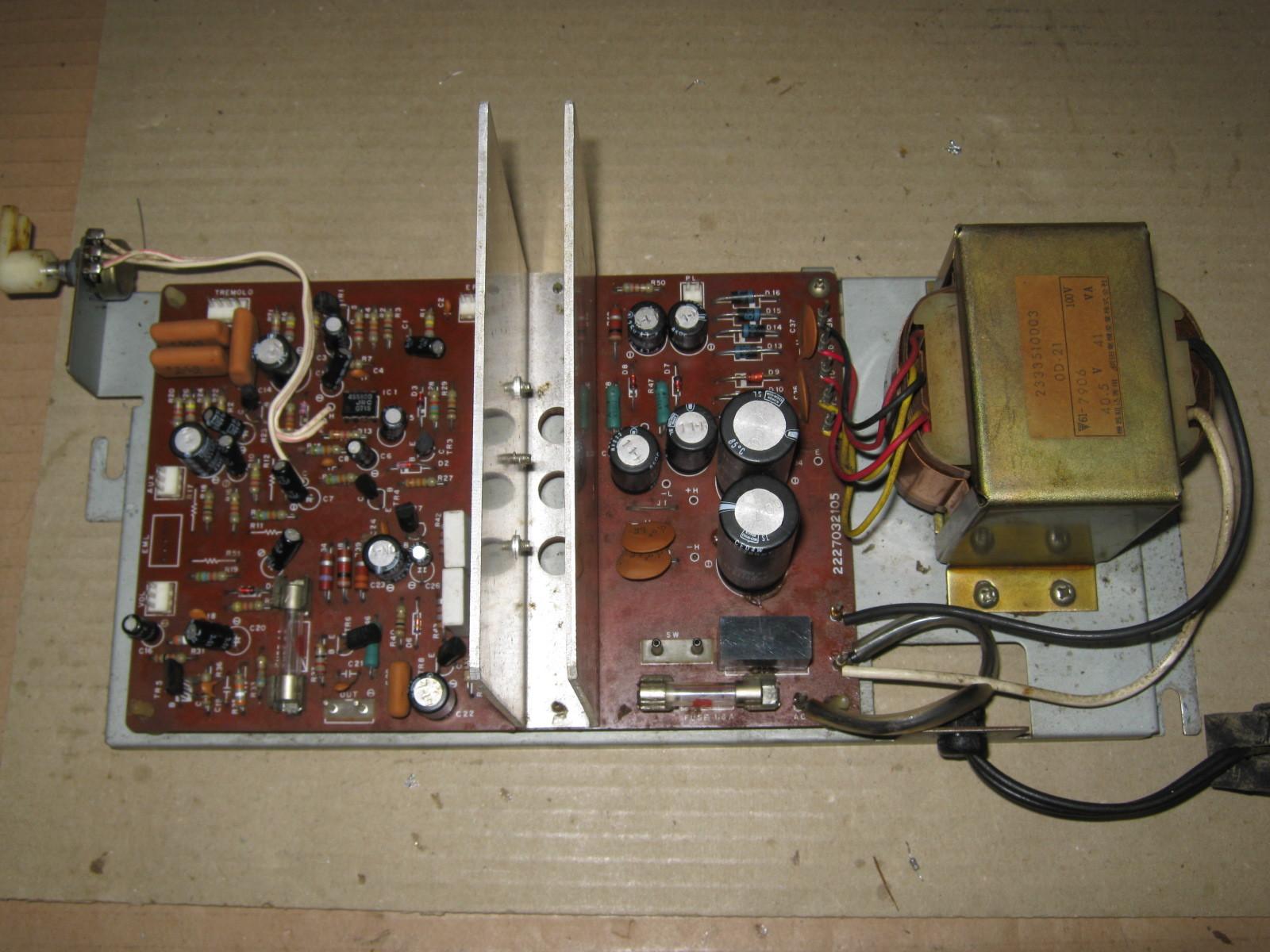 COLUMBIA電気ピアノ(抵抗不良)基板全体