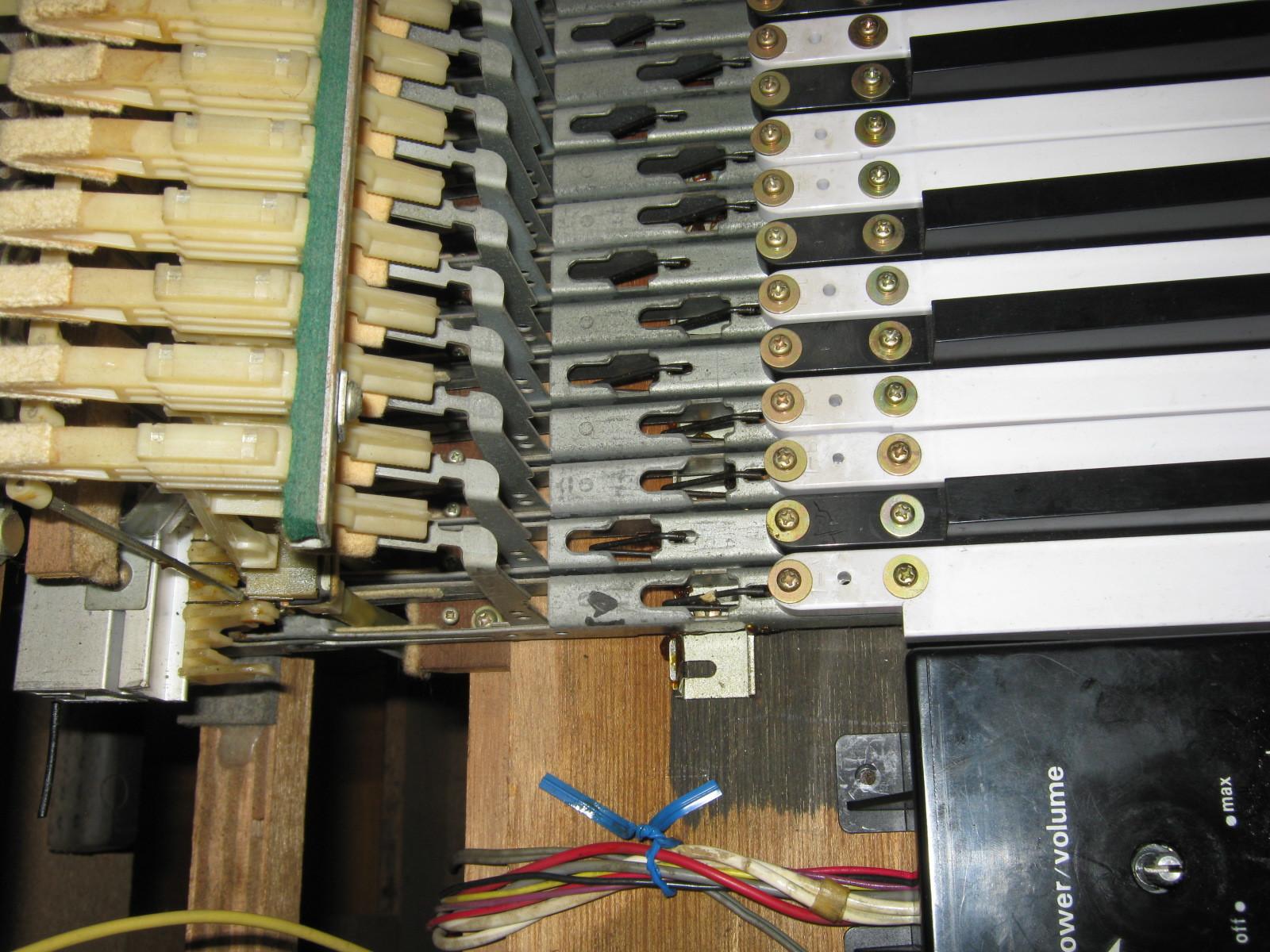 COLUMBIA電気ピアノ(抵抗不良)音源1 (2)