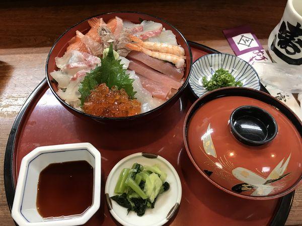 05_海鮮丼