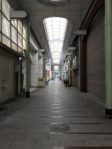 40_シャッター街
