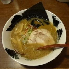 熟成醤油ラーメン 680円