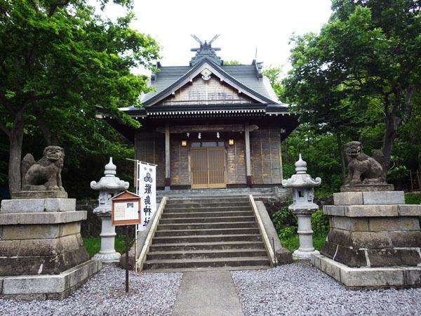 拝殿 礼文厳島神社