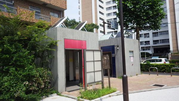 清水川橋公園のトイレ