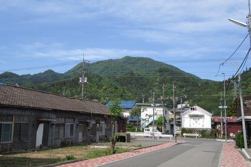 目指す高川山