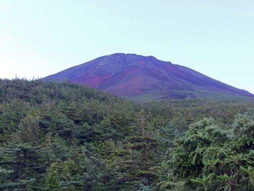 明け方の富士山