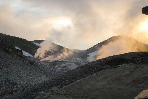 地獄谷の噴煙