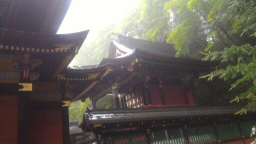 1528601623041 (512x288)三峰神社本殿