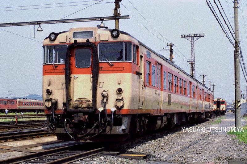 キハ66+67