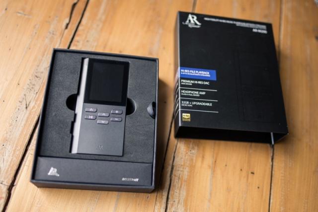 AR-M200_02.jpg