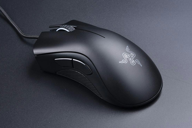 DeathAdder_Essential_Demolition_01.jpg