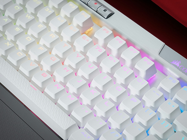 K70_RGB_MK2_SE_08.jpg