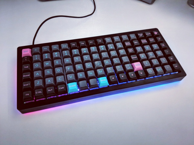 Mechanical_Keyboard126_02.jpg