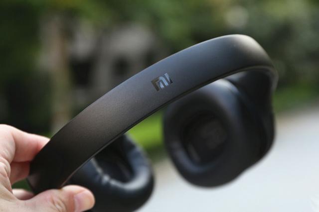 Mi_Bluetooth_Headphones_09.jpg