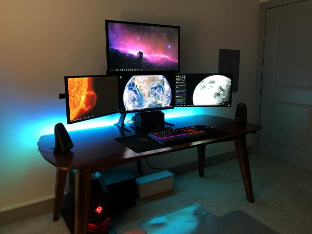 PC_Desk_MultiDisplay119_15.jpg