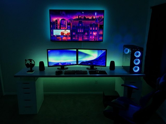 PC_Desk_MultiDisplay121_04.jpg