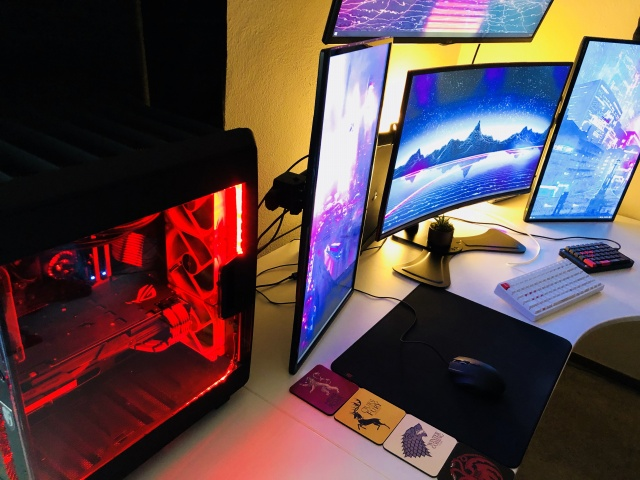 PC_Desk_MultiDisplay121_10.jpg