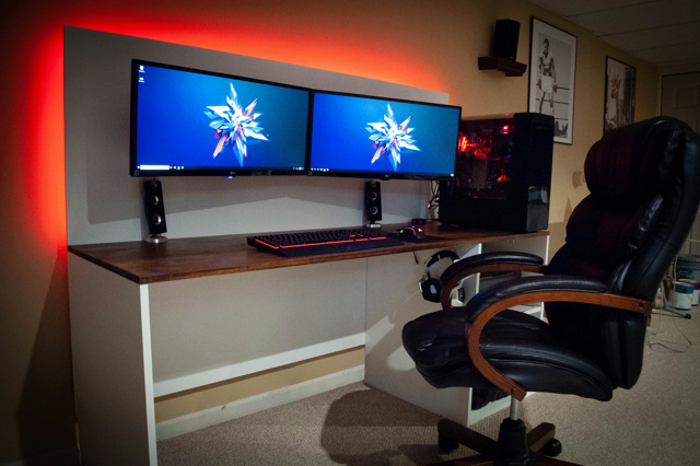 PC_Desk_UltlaWideMonitor32_27.jpg